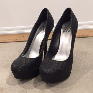 Shoes - Black glitter heals
